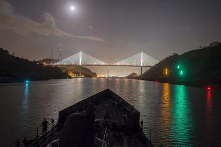 Panama-canal-823221_960_720