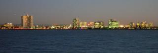 Oakland_skyline,_dusk
